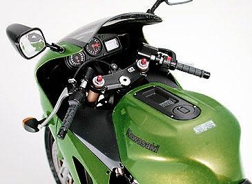 Kawasaki Ninja ZX 12R Tamiya 1/12 - Maquette - Achat