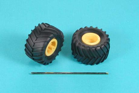 Off-Road Tires (1 Pair)